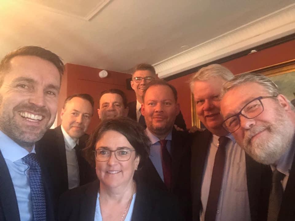 Þingmenn Miðflokksins eftir 19 tíma umræðu á Alþingi 21-22 maí 2019
